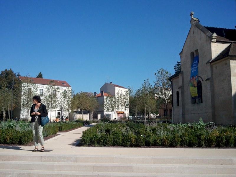Hotel des Bains le potager médiéval au centre de Maisons-Alfort