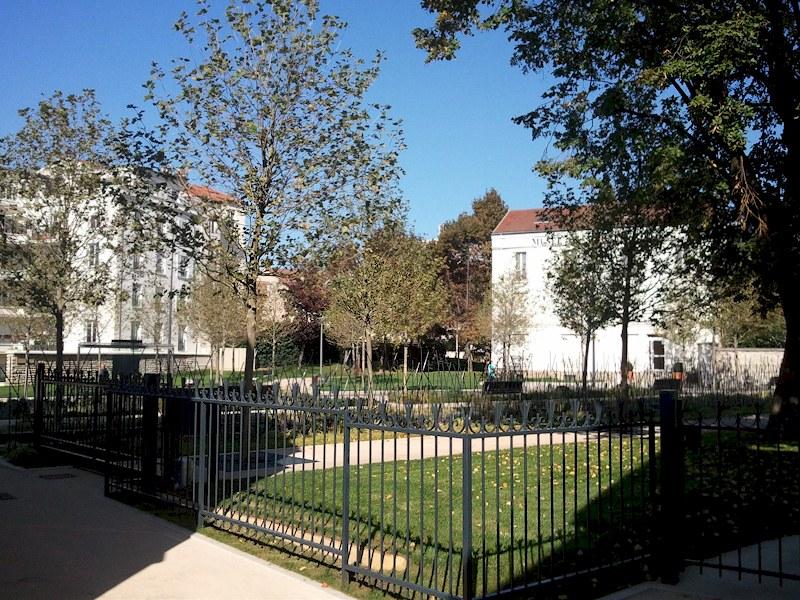 Hotel des Bains vers le vieux musée de Maisons-Alfort