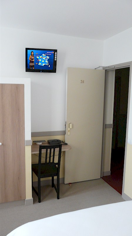 chambre 2 lits sdb